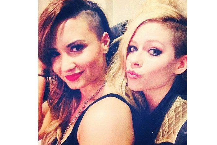 Avril'den Demi'ye destek