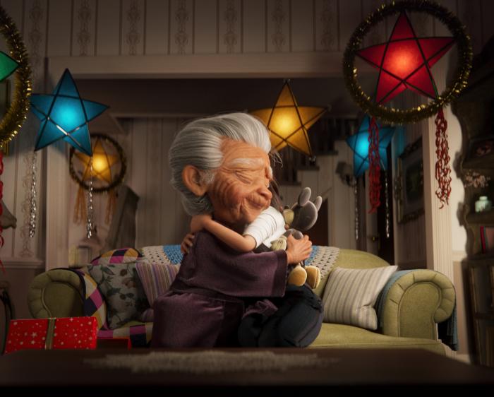 Disney'den kalpleri ısıtan yeni yıl  kampanyası: #EnBüyükSihirAiledir